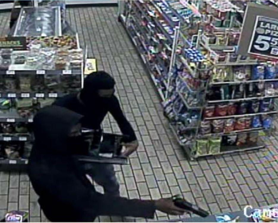 Robbery 09/28/13 (2)