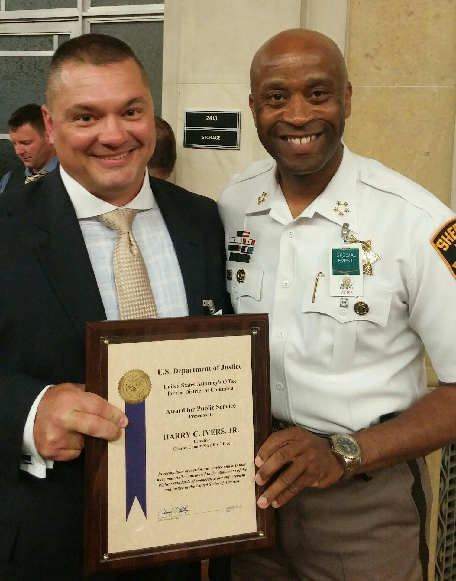 Sgt. Harry Ivers - DOJ Award 062116 IMG_2645